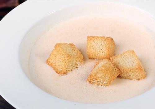Сливочный крем-суп из шампиньонов